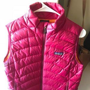 patagonia pink down vest